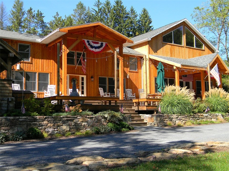 Home addition contractors lehigh valley poconos pa for Log home addition