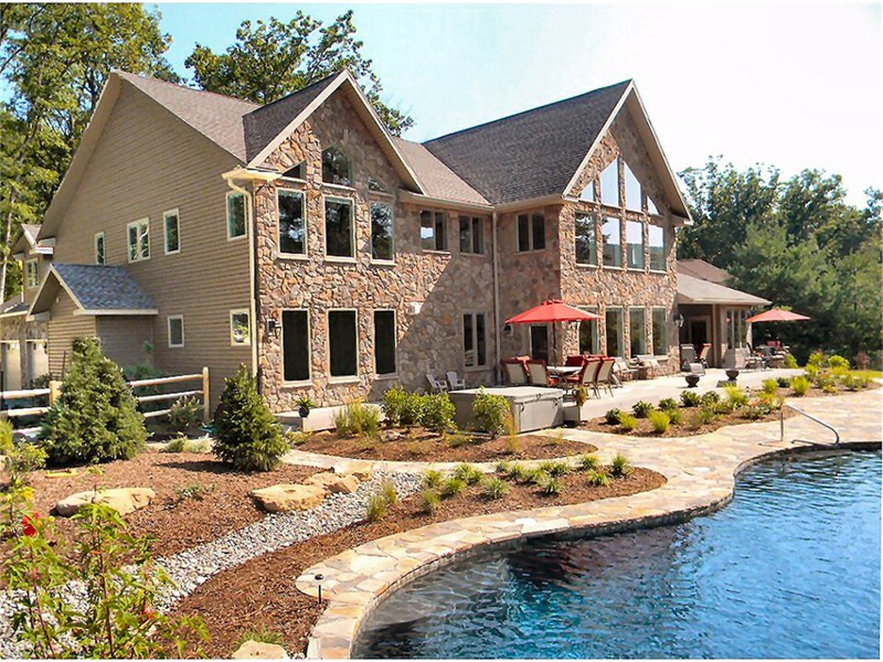 Custom Luxury Home Builders Lehigh Valley Poconos Pennsylvania Service Construction Co. Inc.Ph: 610-377-2111